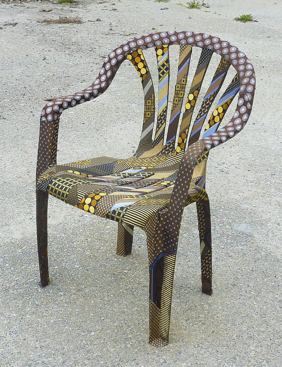 stoeltje-op-beton