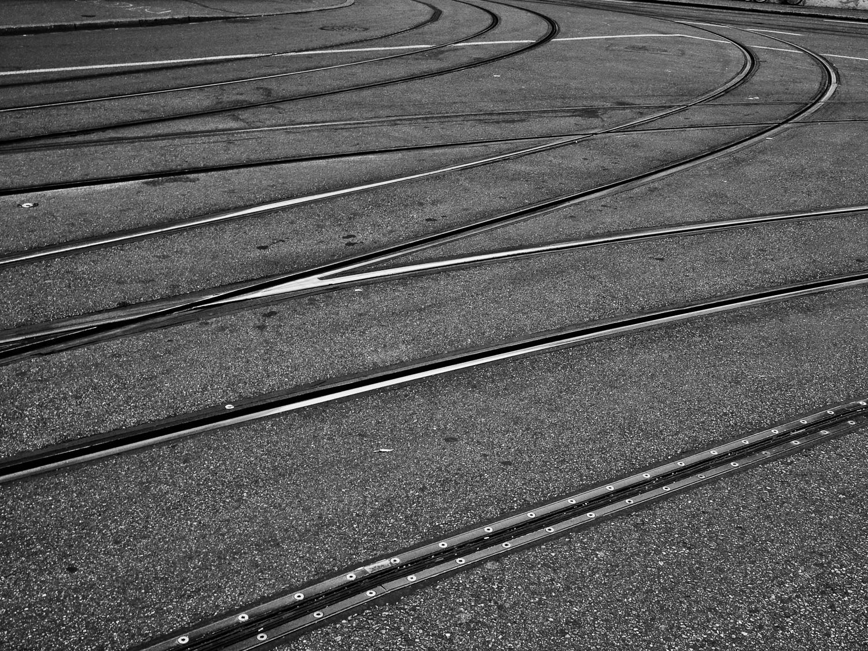 Alan Humphries: lines
